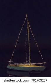 Christmas Boat - Viverone Lake Italy