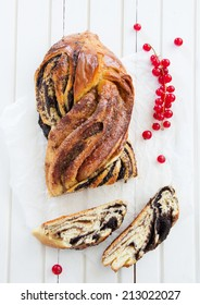 Christmas braided cake with poppy seeds and cinnamon