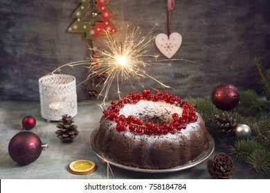 Christmas cake with currant
