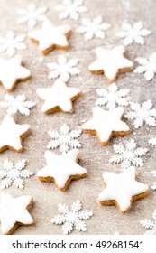 Christmas cinnamon-flavoured star-shaped biscuits.