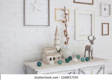 christmas decor in a room idoor