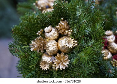 Christmas decoration Green and Gold