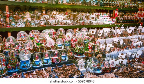 Christmas decoration in Salzburg Market, December-16-2015