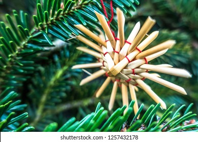 christmas decoration - straw star closeup