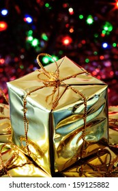 Christmas decorations: wrapped gifts