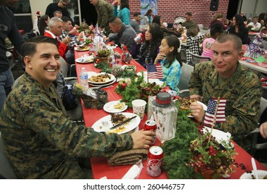 Christmas dinner for US Soldiers at Wounded Warrior Center, Camp Pendleton, North of San Diego, California, USA, 12.11.2013