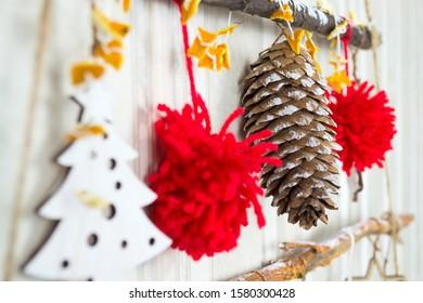 Christmas garland, Christmas, red pompons