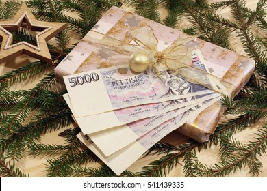 Christmas gift with money
