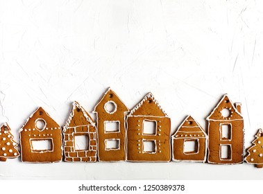 Christmas gingerbread houses.  Christmas background with gingerbread cookies, copy space