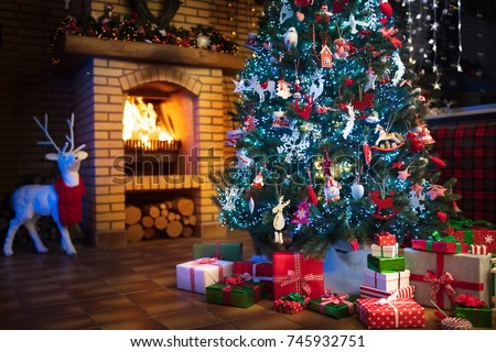 Christmas Home Interior With Tree And Fireplace Traditional Living Room In Country House Decorated