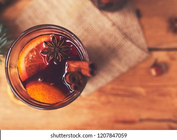 christmas hot mulled wine with cinnamon cardamom and anise