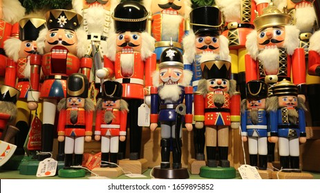 Christmas market in Germany, Goods, traditional items