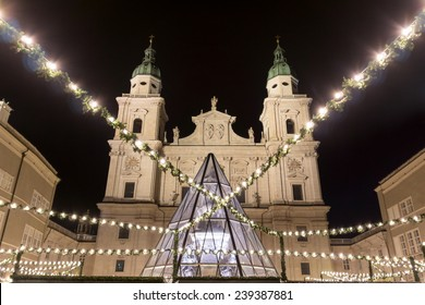 christmas market with the salzburger cathedral