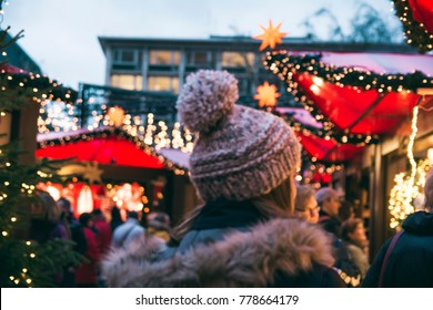 Christmas market stalls and shopping in Cologne, Germany - Köln xmas markets scene - Christmas shopping and fairy ambiance, Germany, December 2017