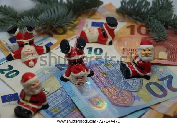 Christmas Money on the payroll?