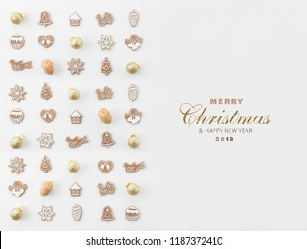 CHRISTMAS AND NEW YEAR 2019 CARD, CHRISTMAS DECORATION COMPOSITION, TOP VIEW, BELLS, ANGELS, BALLS, NUTS, CHRISTMAS TREE, CHRISTMAS BACKGROUND MODERN, FLAT , IMAGE