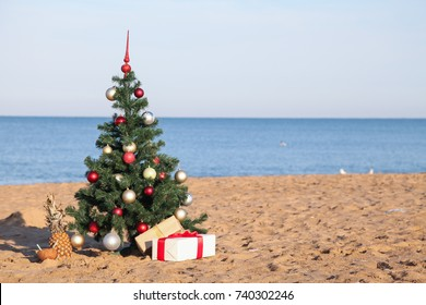 9e5896c877 Christmas Beach Images, Stock Photos & Vectors | Shutterstock