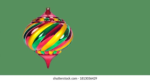christmas-ornament-isolated-on-green-260