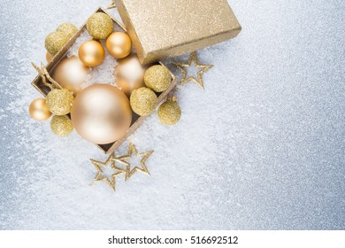 christmas present decoration gold