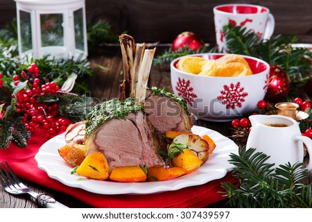 christmas roast beef with yorkshire pudding and roasted vegetables festive dinner