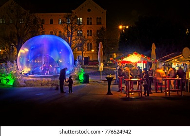 Christmas snow globe in which the music player as part of Advent in Zagreb