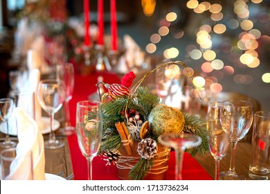 Christmas Dinner Table Images Stock Photos Vectors Shutterstock