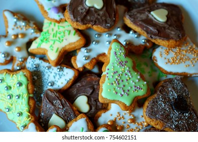 Christmas themed gingerbreads