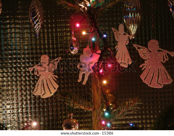 christmas tree angels playing flutes