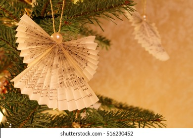 Christmas Tree Impression with Paper Made Angel Ornaments