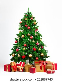 Christmas tree with many presents under it