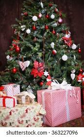 Christmas tree, new year, balloons, Santa Claus, fireplace