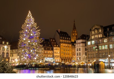 """Christmas tree at Place Kleber in Strasbourg, """"Capital of Christmas"""". Alsace, France"""