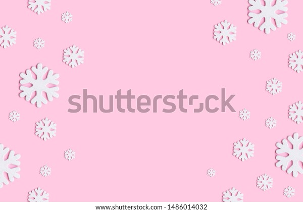 christmas wallpaper winter composition snowflakes 600w 1486014032