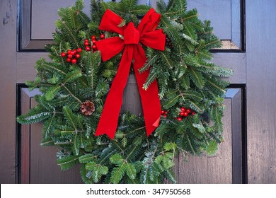 Christmas Wreath On Door Images Stock Photos Vectors Shutterstock