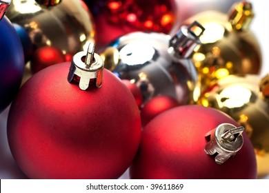 Christmas-tree ball