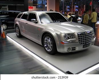Chrysler 300C at Motorshow Bologna 2003