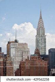 Chrysler Building. The Chrysler Building is an Art Deco-style skyscraper located on the East Side of Midtown Manhattan in New York City.
