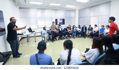 Chulalongkorn University, Bangkok Thailand, October 19, 2018 : The professor are coaching the student during the workshop