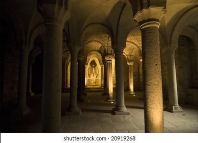 Church of Abbadia San Salvatore (Siena, Tuscany, Italy): crypt