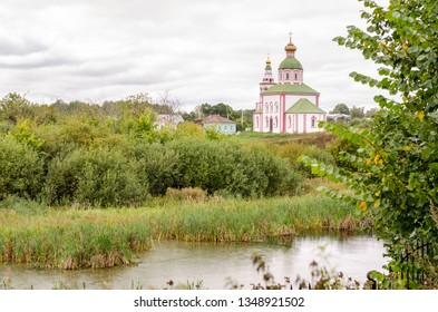 Church of Elijah the Prophet on Ivanova mountain before the storm in Suzdal