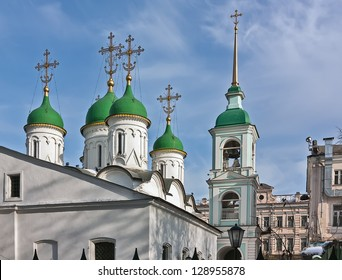 Church of the Holy Trinity in Listy is one of the oldest in Moscow. - Shutterstock ID 128955878
