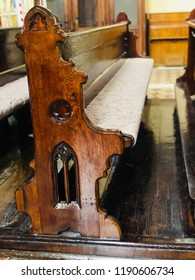 Church retro piew