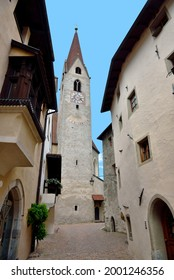 The church of Sant'Andrea is the parish church of the city and a gothic building dating from the 15th century Chiusa Alto Adige Italy