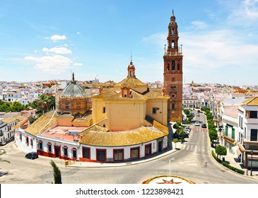 Church of St. Peter (San Pedro) and cityscape of Carmona, province of Seville, Andalusia, Spain