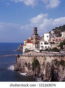 Church & town clinging to cliffs, Atrani, Amalfi Coast, Capmania, Italy, Europe