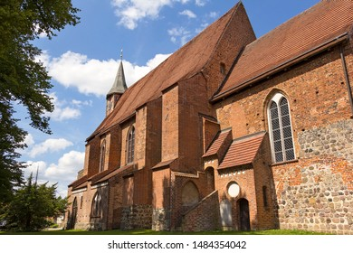 The church Zarrentin is a gothic parish church and former monastery church in the historical town centre of Zarrentin at the Schaalsee in the district Ludwigslust-Parchim in Mecklenburg-Vorpommern.