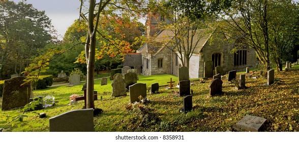 churchyard beoley church warwickshire midlands