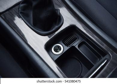 Zigarrenfeuer im Auto