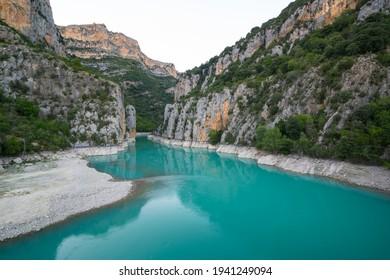 Cinca River in Congost de Entremon Gorge nearby Samitier village of La Fueva municipality of Sobrarbe region in Huesca province of Aragon Autonomous Community of Spain, Europe