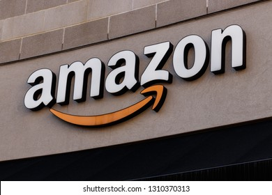 Cincinnati - Circa February 2019: Amazon Store in the U Square. Amazon at Cincinnati is Amazon's first Cincinnati brick-and-mortar store IV